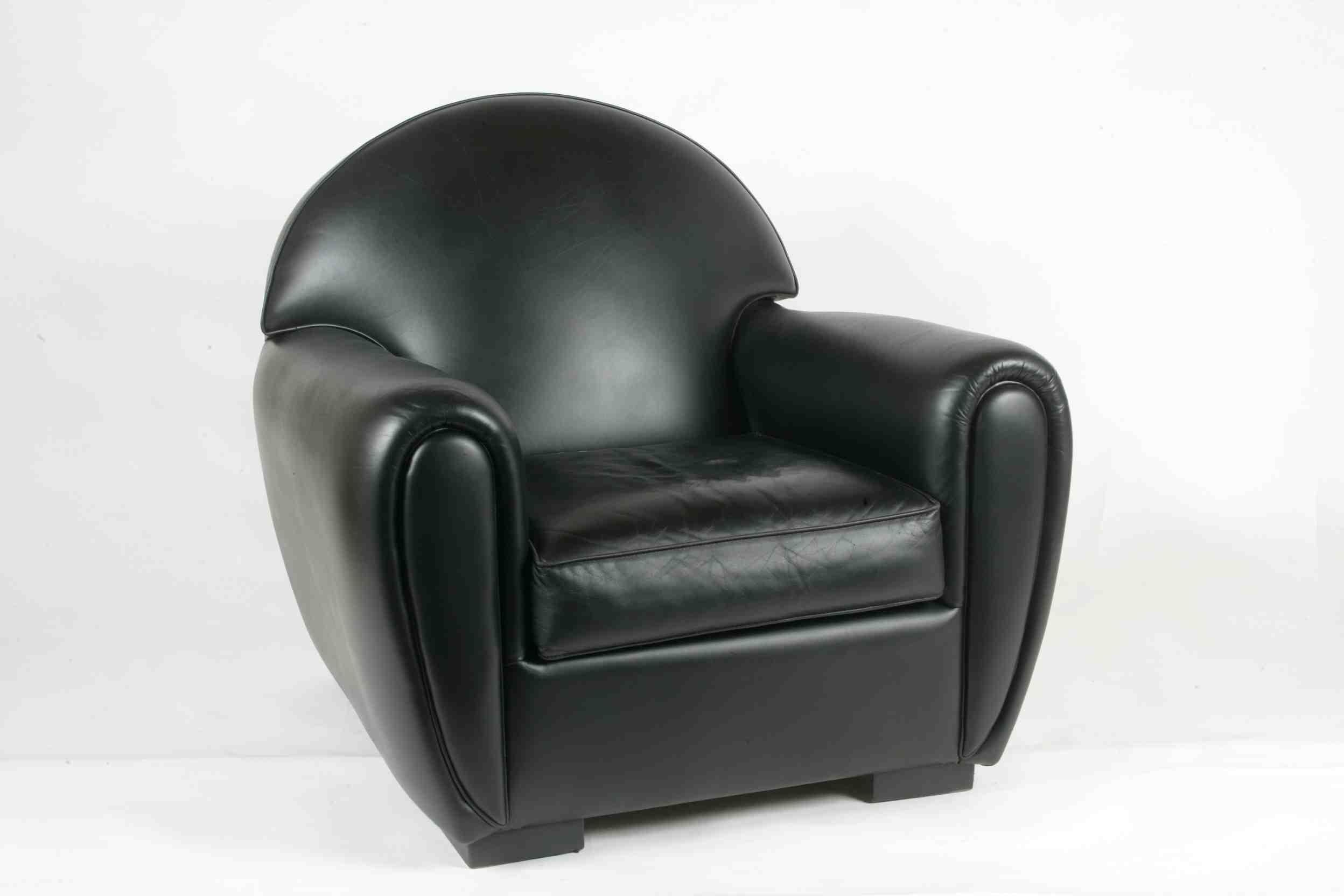 fauteuil en cuir propre